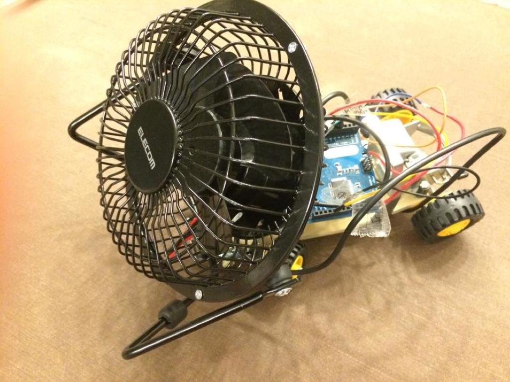 扇風機付きのバギー