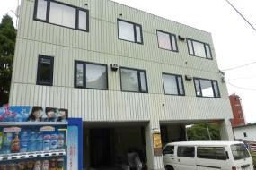 裏山は函館山(住居付きオフィスビル)