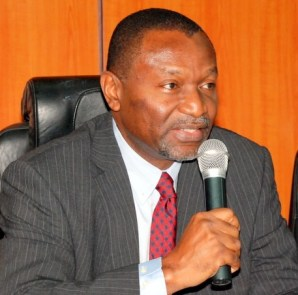 senator-udoma-udo-udoma-hmbnp-addressing-the-mgt-staff-during-assumption-of-office-at-budget-and-national-planning