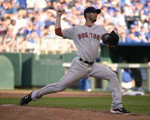 Rick Porcello delivers a pitch during the first inning of a game against the Kansas City Royals at Kauffman Stadium on June 20, 2015 (Ed Zurga/Getty Images)