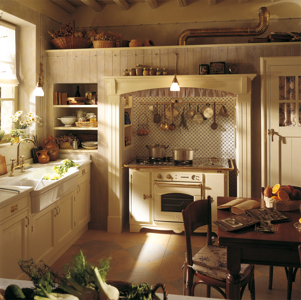 English Style Kitchen Home Tips 3 Retro Yet Functional Pieces Of Vintage