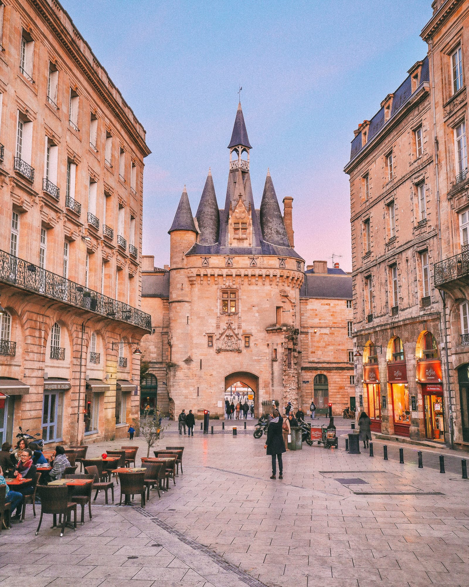 Black List Bordeaux 12 Of The Best Things To Do In Bordeaux France Hand Luggage