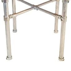 Cross-brace scaffold legs