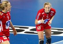 20131209.  Kampen mellom Norge og Argentina i håndball-VM for kvinner 2013 i Serbia mandag.  Foto: Erlend Aas / NTB scanpix