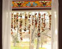 Simple Leaf Garland to Decorate for Fall