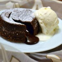 Çikolata şelalesi ; lava kek