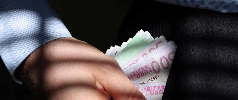 Υπεξαίρεση 191.987 ευρώ από δημόσιο υπάλληλο στην Κρήτη