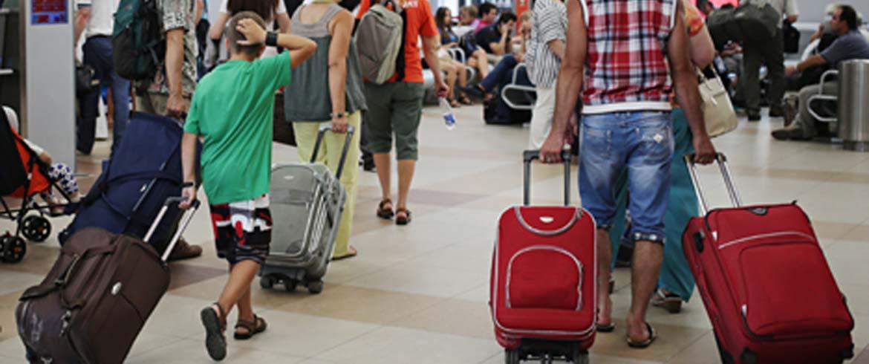 Τι ξοδεύουν οι 300.000 τουρίστες που βρίσκονται σήμερα στην Κρήτη