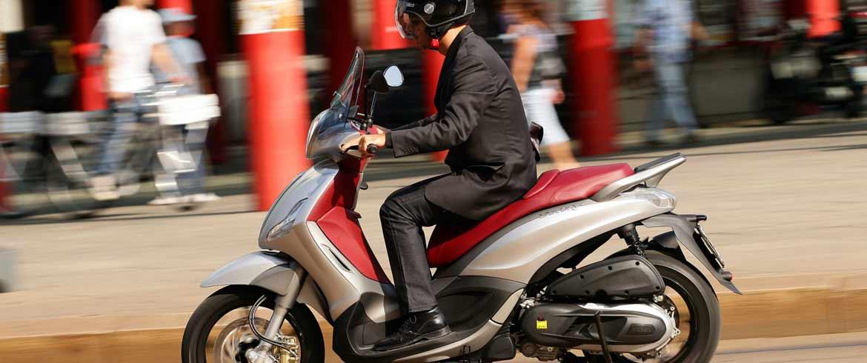 Ερχεται νέο «χαράτσι» σε 300.000 ιδιοκτήτες μοτοποδηλάτων