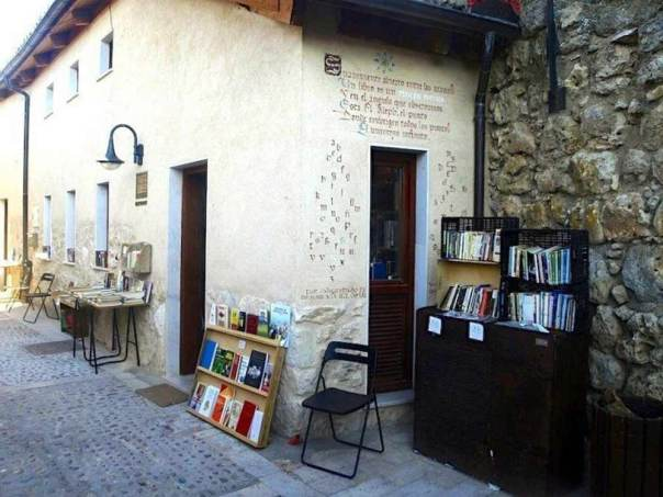 book-village-spain-bookshop