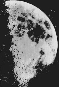Louis Daguerre takes the first photograph of the moon