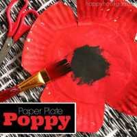 Paper Plate Poppy Craft for Preschool - Happy Hooligans