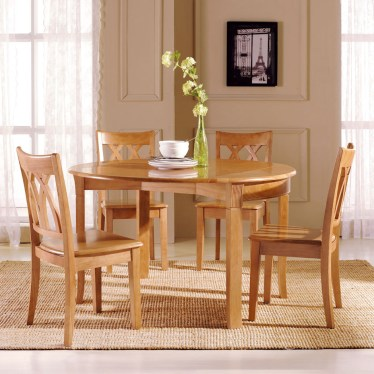 Perabot kayu membutuhkan perlindungan sebelum benar-benar bisa digunakan.