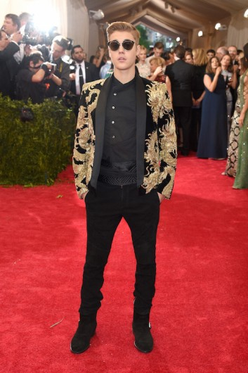 Teppich Gold Best Looks At The 2015 Met Gala – Harker Aquila