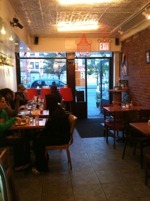 Need a place to brunch in Harlem? Try Il Caffe Latte