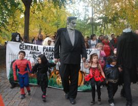 Halloween Parade and Pumpkin Sail today at Harlem Meer