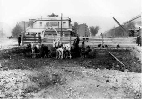 horse-wagon-transit-as-seen-at-lenox-saint-nichols-ave-harlem-new-york-1901-24