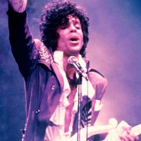 Prince To Be Inducted Into Apollo Theater Walk Of Fame