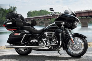 Motocykel Harley-Davidson Road Glide Ultra