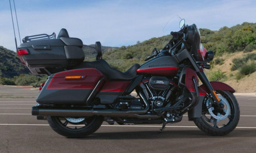 Motocykel Harley-Davidson CVO Limited farba Magnetic Grey & Wineberry With Red Pepper