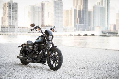 Motocykel Harley-Davidson Sportster Iron 1200