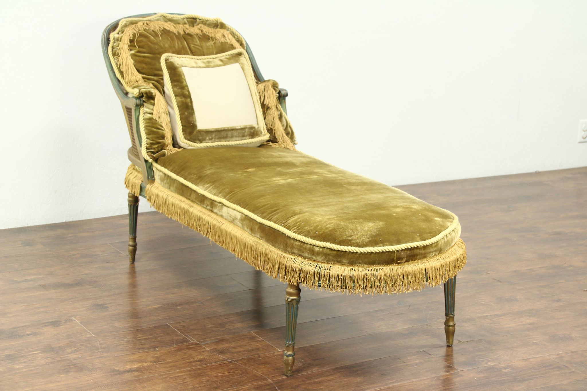 Chaise Style Chaise Lounge Sofa 1920 S Antique Louis Xvi Style Caned Seat