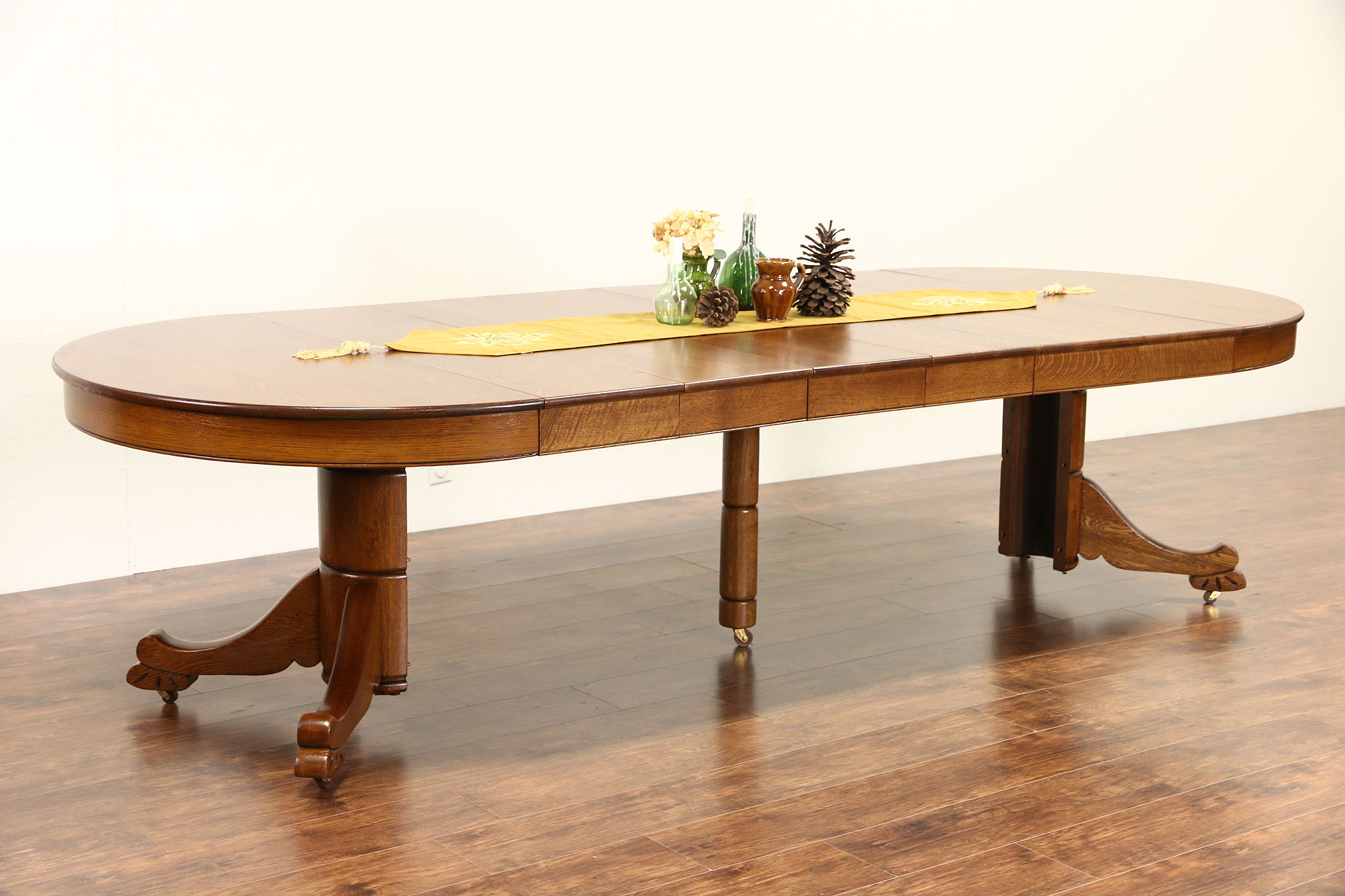 Round Oak Dining Table Oak 4 Round 1910 Antique Carved Pedestal Dining Table 6 Leaves Extends 10