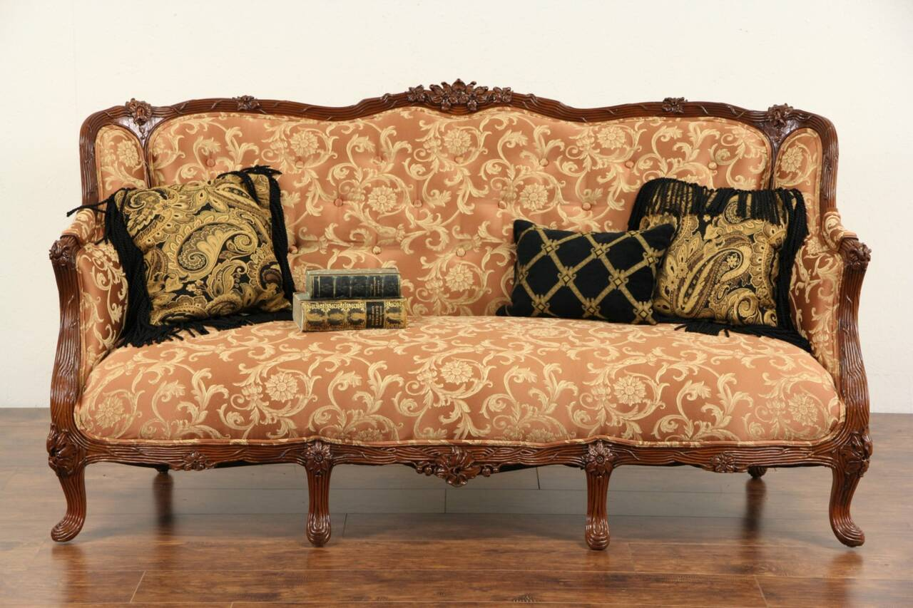 Antike Sofas & Loveseats French Style 1930 39s Carved Vintage Sofa New Upholstery Ebay