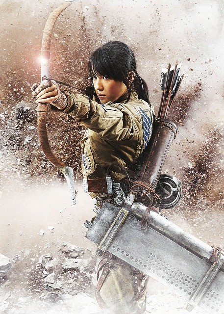 Live-Action Attack on Titan Cast Reveals Armin Isn't Blonde and Hanji Has a RPG haruhichan.com shingeki no kyonjin live action movie Nanami Sakuraba as Sasha