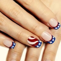 30+ American Flag Inspired Stripes and Stars Nail Ideas ...