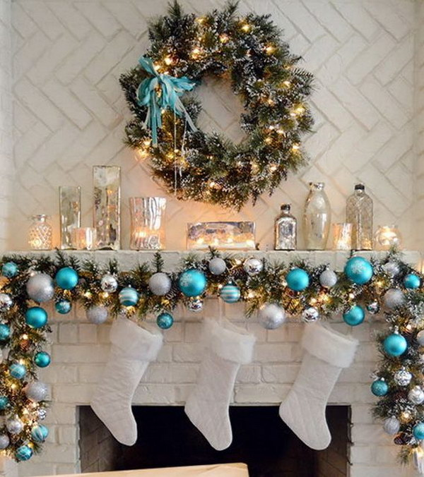 25+ Gorgeous Christmas Mantel Decoration Ideas \ Tutorials - Hative - christmas mantel decor