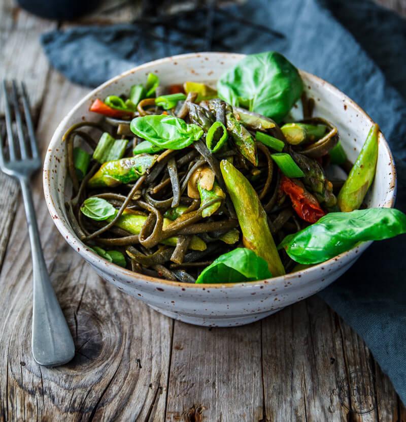ing-seaweed-pasta-1-800x831