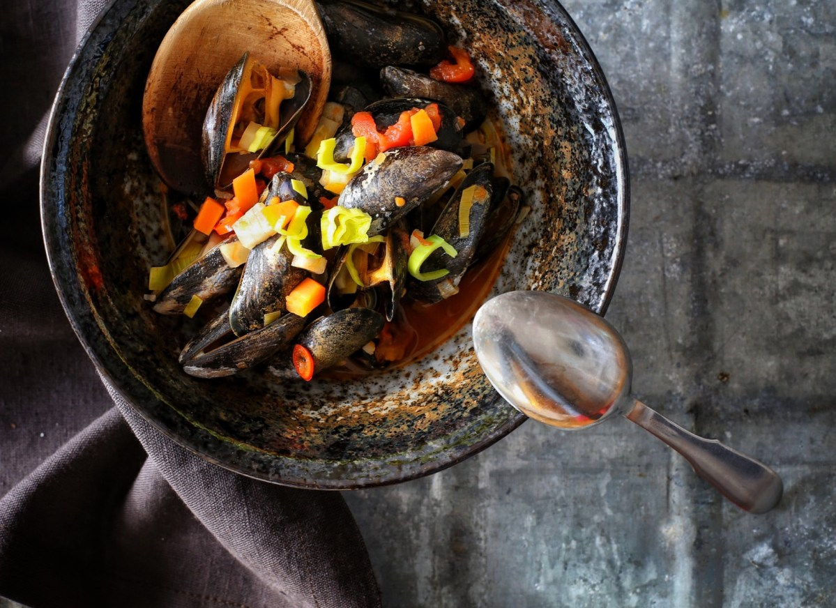 Muscheln in scharfer Tomatensoße