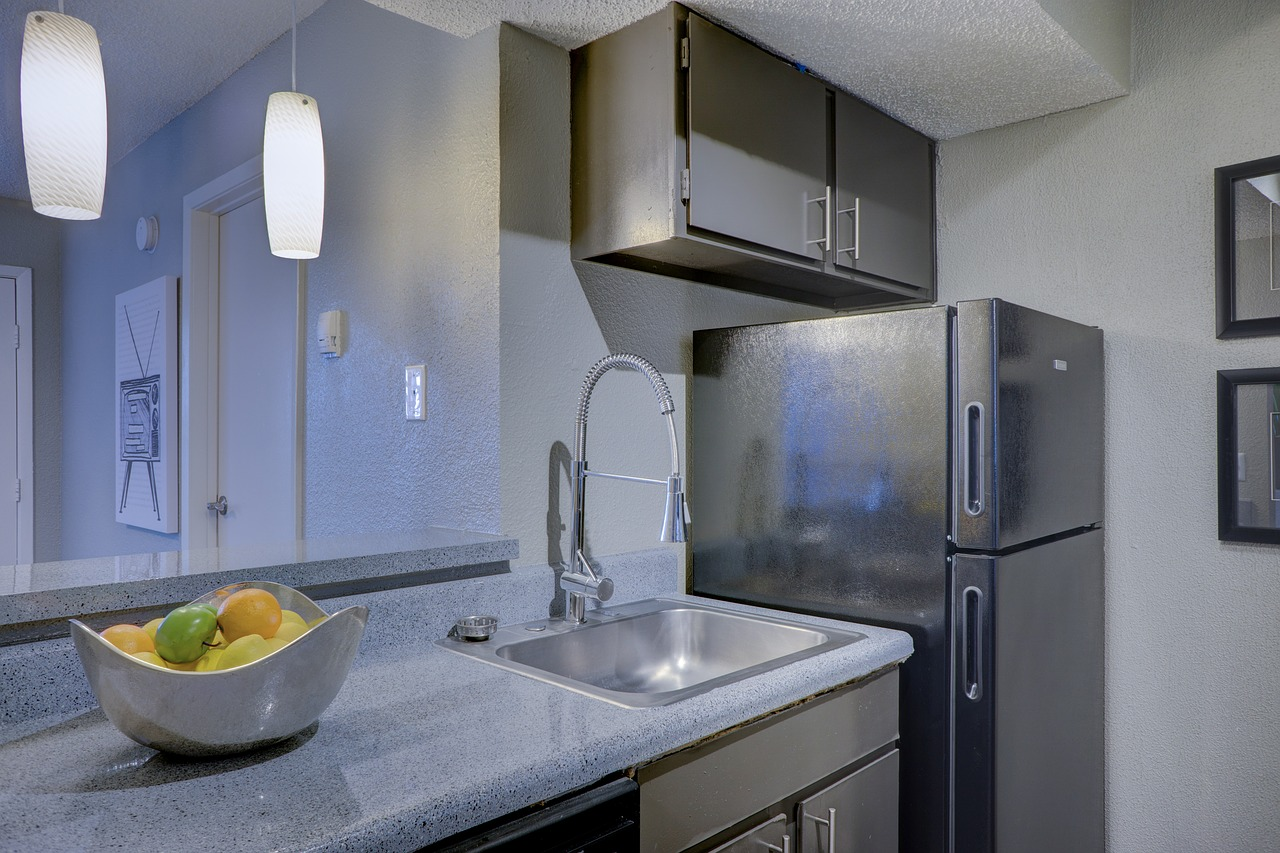 Smeg Kühlschrank Tür Einstellen : Smeg kühlschrank tür einstellen retro kühlschrank test die