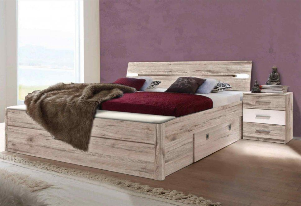 Hocker Vor Dem Bett Good Perfect Sitzbank Vorm Bett Bank