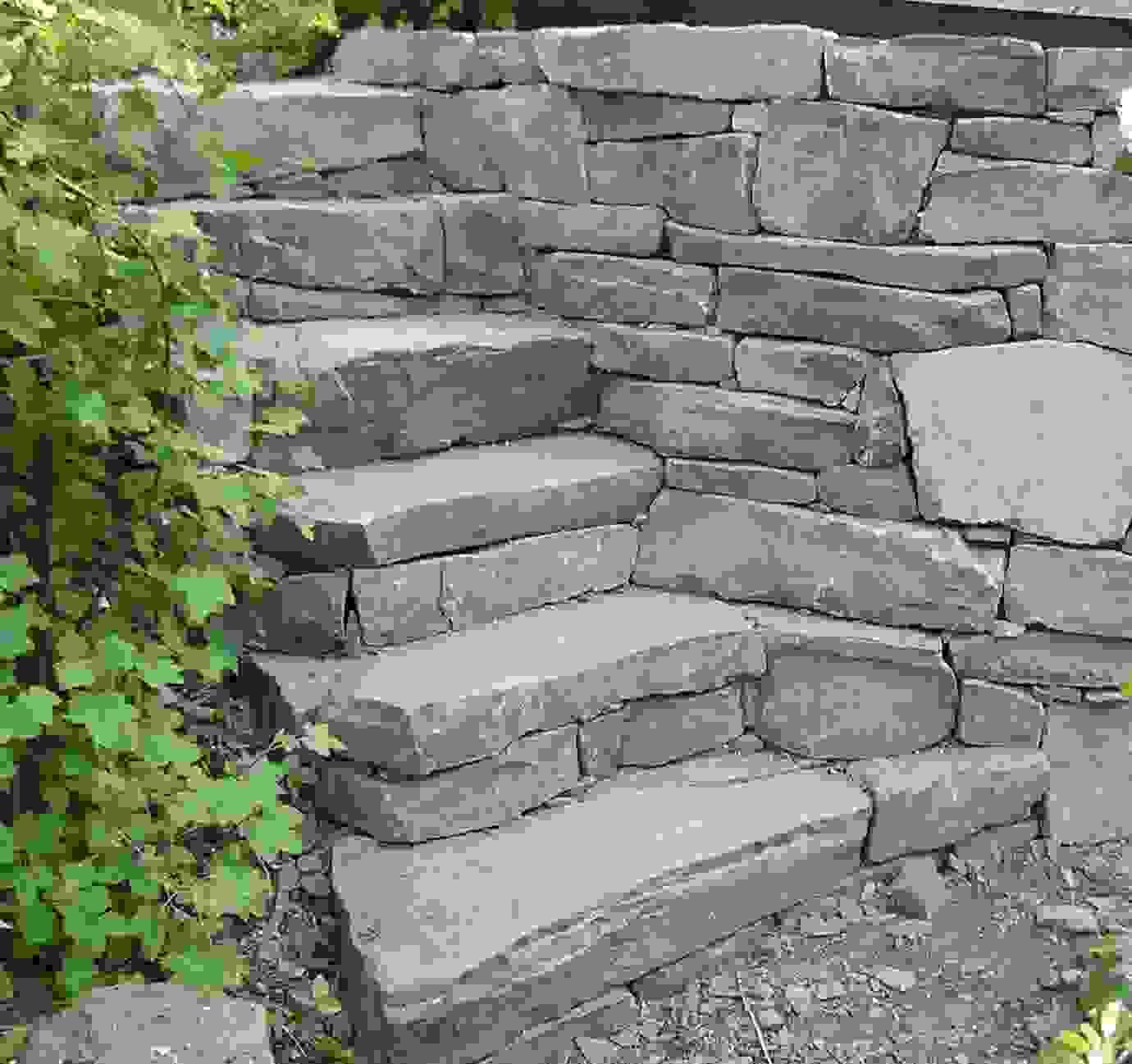 Steinmauer Selber Bauen   Alte Steinmauer Im Garten U2013