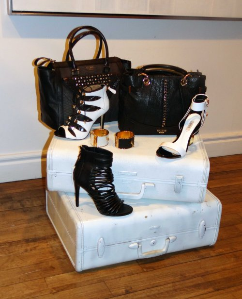 _Black_White_Handbags_Sandal_Heels_Guess_Spring_Collection