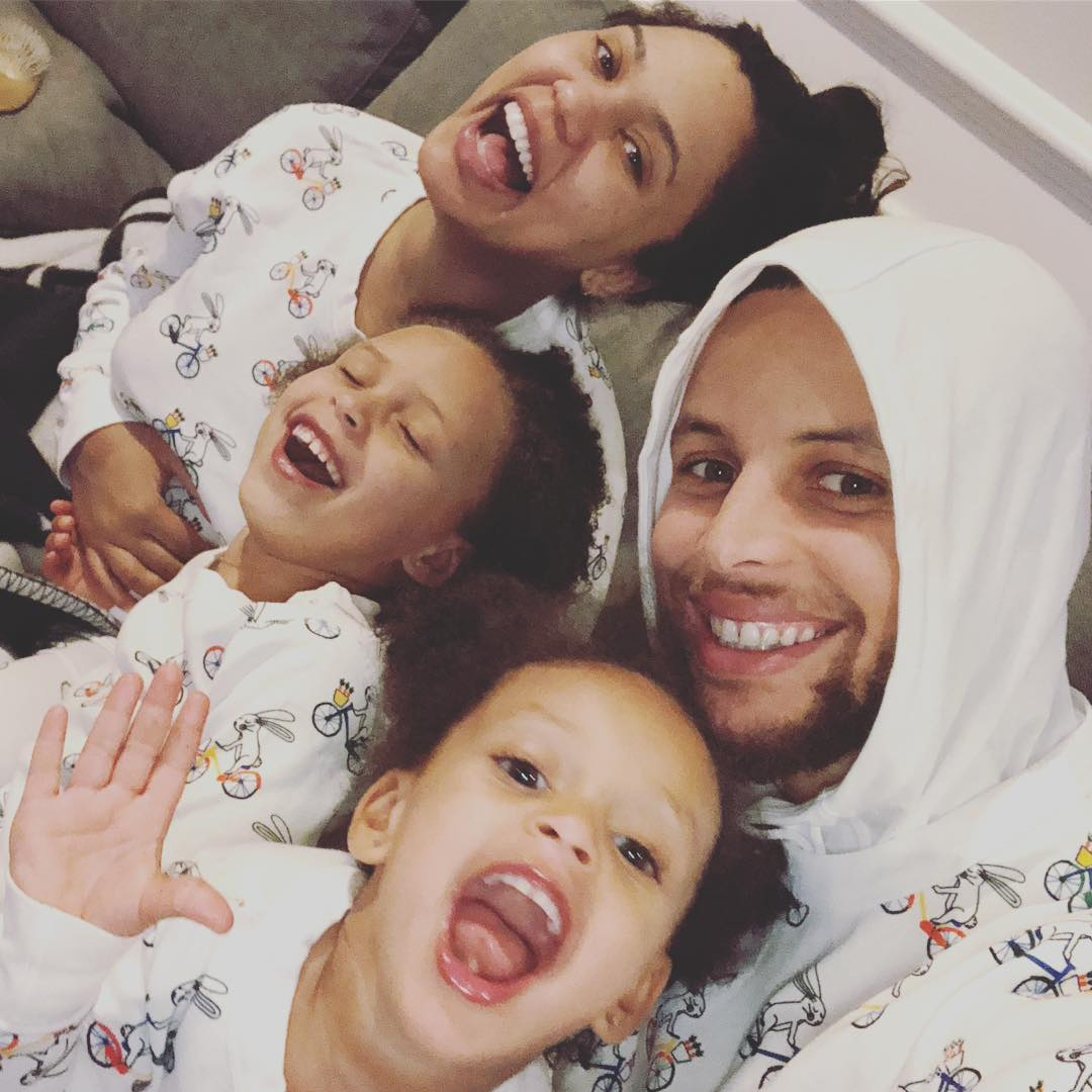 ayesha curry instagram news accounts