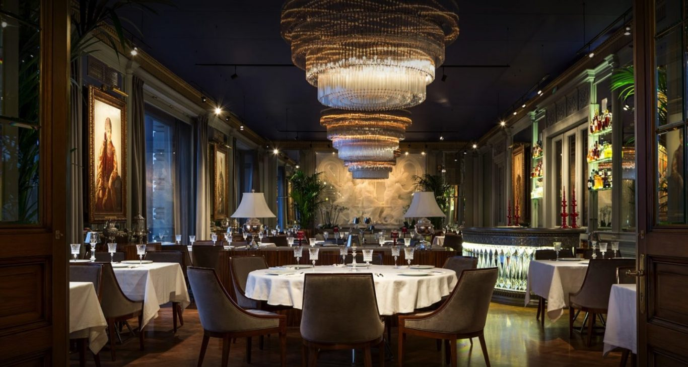 Six Restaurants Around The World Billionaires Are Flocking To And What They Re Ordering