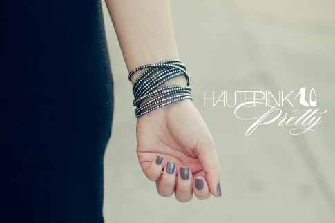 An Dyer wearing LAMade Henley Tunic, Swarovski Wrap Bracelet, Nails Essie Stylenomics Don't Sweater it with Essie Luxeffects Stroke of Brilliance