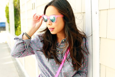 An Dyer wearing TOMS Travelers Sunglasses, Loren Hope Bracelet, Juliet and Co Layered Gold Necklace