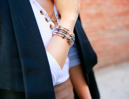 An Dyer wearing bronzallure bracelets stacked