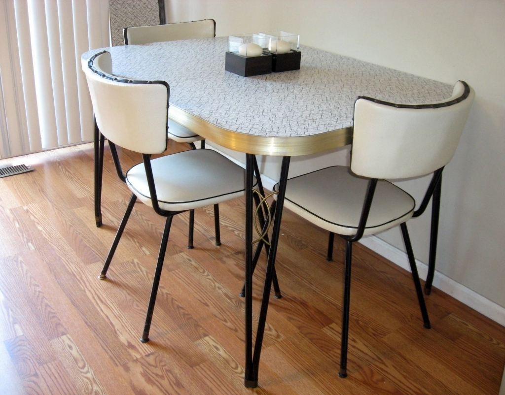 Kitchen Table Seats 10 1950メs Retro Kitchen Table Chairs Hawk Haven