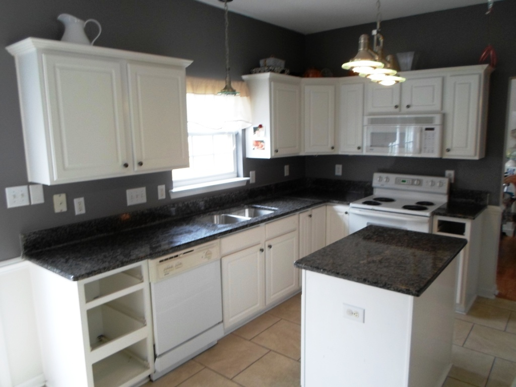 Black Kitchen Countertop Black Kitchen Cabinets And Granite Countertops Hawk Haven