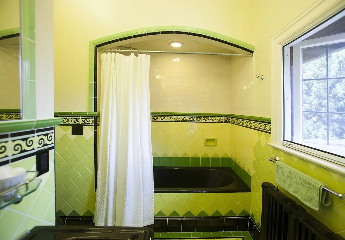 Art Deco Bathroom Hawthorne Tile Colorful Art Deco Bathrooms