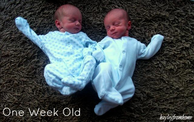 Twin Babies - Week One