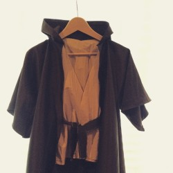 For my son's birthday, instead of loot bags, I gave away a DIY Jedi robe which I sewed myself.  #hbevents #hazelboivin #diy #favors