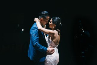 Beautiful Newlywed couple in Toronto having their first dance
