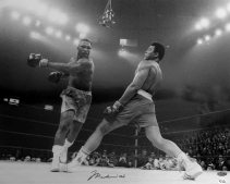 Muhammad Ali vs. Joe Frazier in Fight of the Century, Madison Square Garden in New York City, New York, 1971