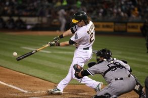 josh-reddick-mlb-chicago-white-sox-oakland-athletics-850x560